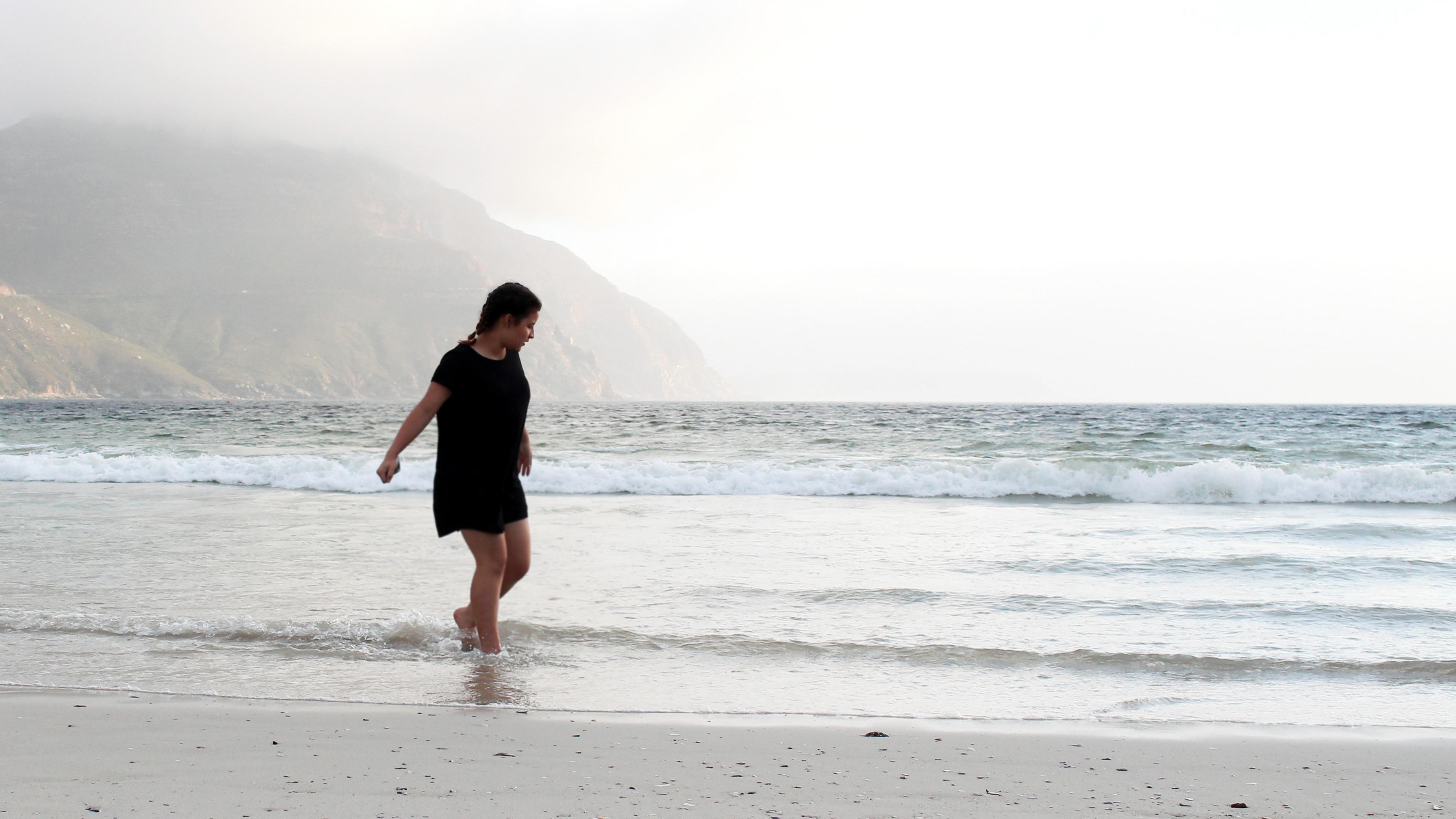 Bella Musing Beach Walk